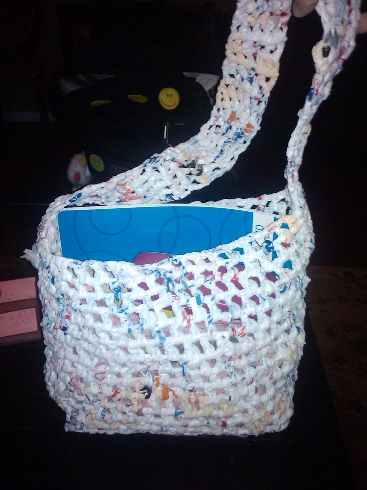 Crocheting Using Plastic Bags : Plastic Yarn Grocery Bag - Crochet a bag using plastic bags @Mindy ...