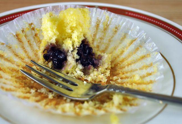 Blackberry Cornmeal Cupcakes - Bake Happy