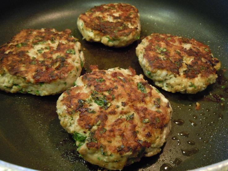 CILANTRO TURKEY BURGERS | Good food! | Pinterest