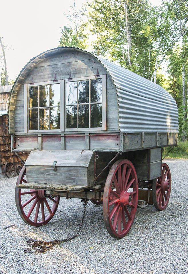 Montana sheep wagon camps cabins liveaboards trailers rvs most important camp food - The mobile shepherds wagon ...