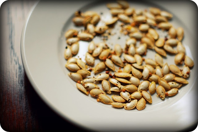 roasted spicy squash seeds | The Bacon Eating Jewish Vegetarian (Food ...