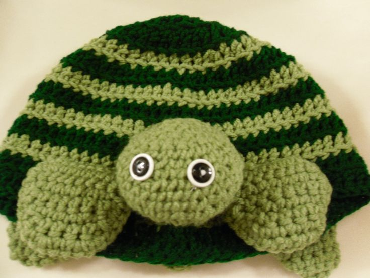 Crochet Pattern For A Turtle Hat : Crocheted Turtle Hat