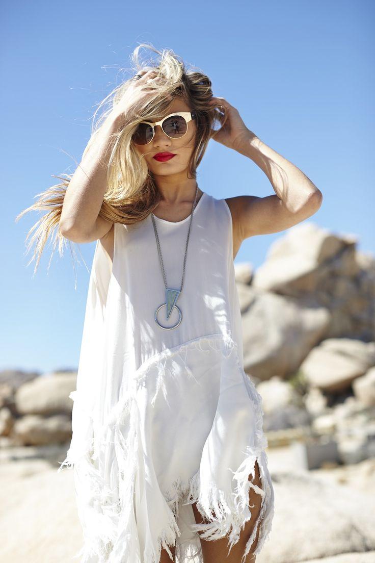 Sunglasses ,red lips and  white fringe fringe fringe