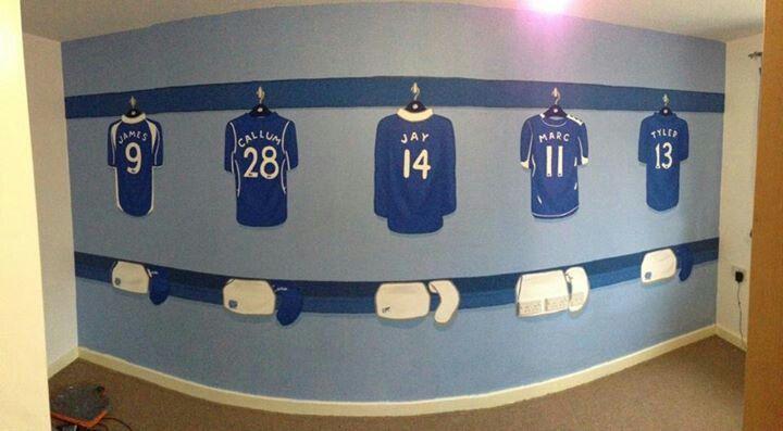 Football theme bedroom lfc room ideas pinterest for Football bedroom ideas