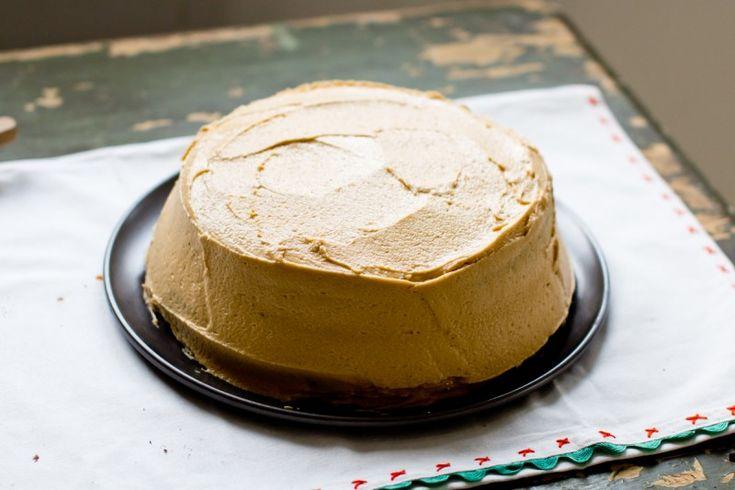 Salted Caramel Buttercream Frosting | feed me | Pinterest