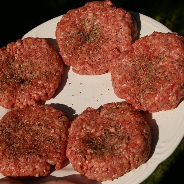 How to Make the Perfect Hamburger Patty