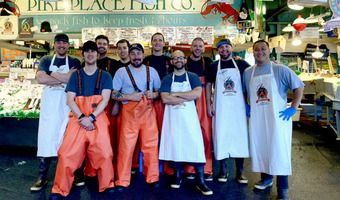 Fish pike place market seattle travel pinterest for Pike s fish market