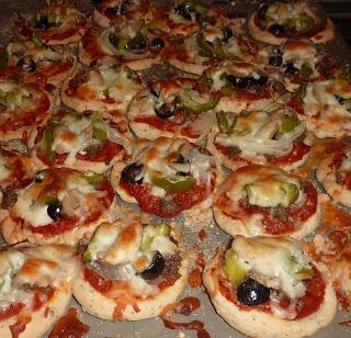 Make Ahead Mini Pizza Crust | Party | Pinterest