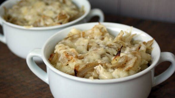 Sweet Onion Potatoes au Gratin - this should be renamed to crack ...