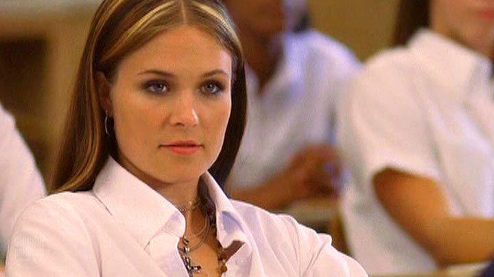 Erin Kelly  actress  - Loving AnnabelleErin Kelly Loving Annabelle