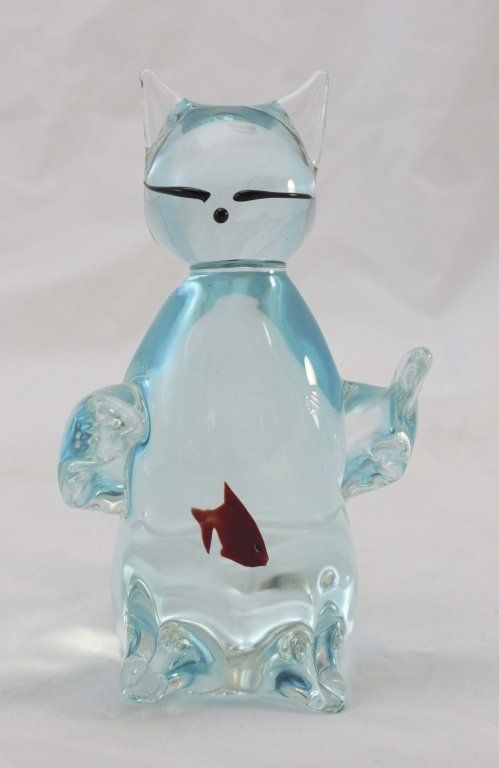 Murano glass cat aquarium with a fish in the belly