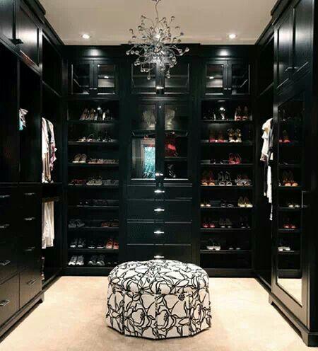 Black Decor Walk In Closet Walk In Closets Pinterest