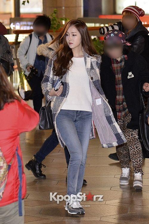 Snsd Jessica Airport Fashion Kpop Fashion Pinterest