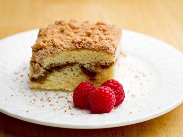Yogurt Coffee Cake | clean eating recipes and tips | Pinterest