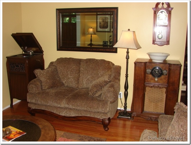 decorating with antiques antique collectible home decor