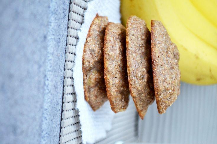 healthy banana bread cookies!