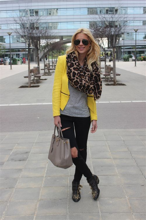 The yellow, the leopard scarf, the jeans, the boots!