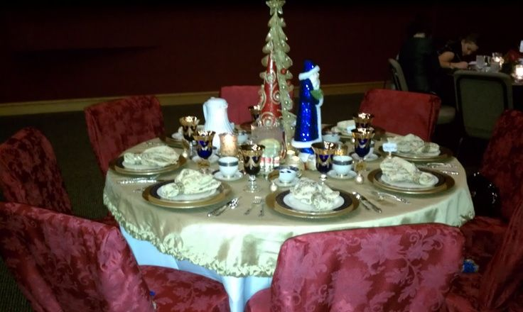 Christmas Lunch Table Decoration Ideas : Pin by nancy jones on center pieces