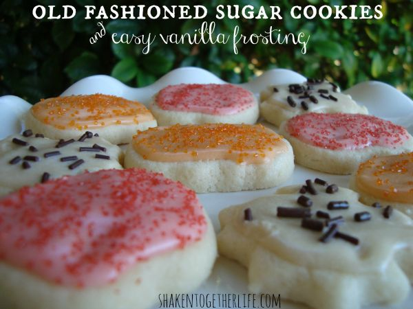The BEST old fashioned cut-out sugar cookies & easy vanilla frosting ...