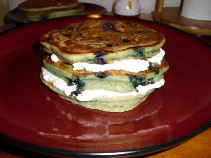 Blueberry Cheesecake Pancakes... sooo tasty!