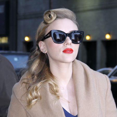 Scarlett johansson vintage hair and makeup