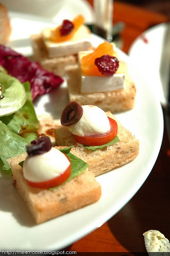 Mini Caprese Sandwich | Yum! | Pinterest