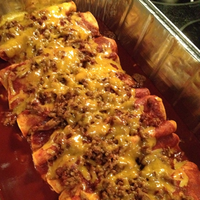 Spur of the moment Tex-Mex beef and cheese enchiladas Ingredients 1 ...