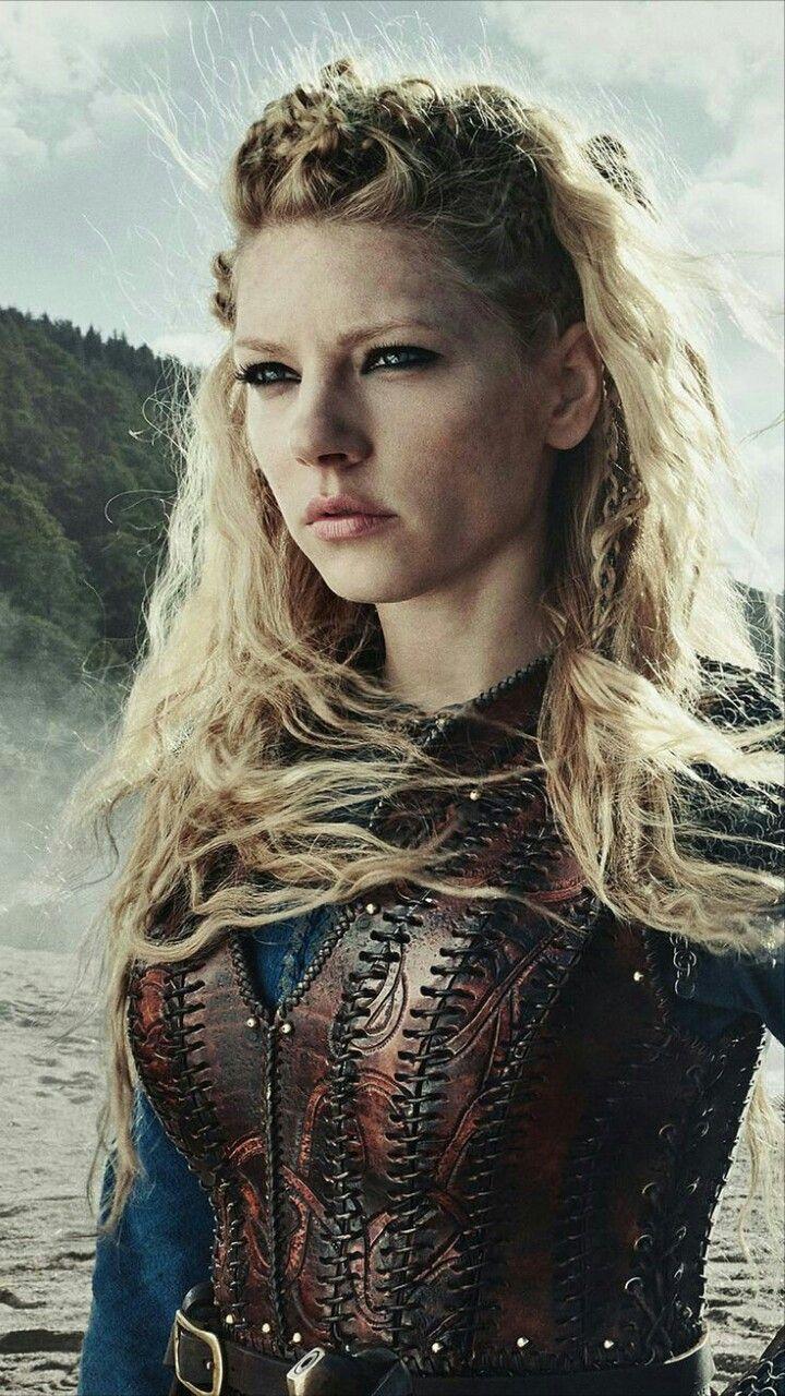 Прическа как у лагерты из сериала викинги