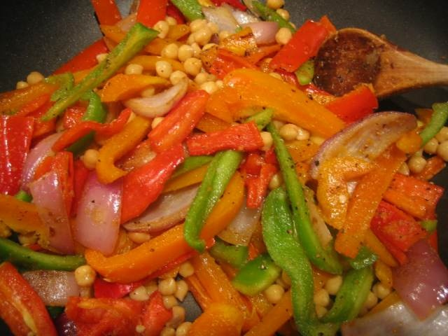 Chickpea Stir-Fry | Fitness / Healthy Recipes / Inspiration | Pintere ...