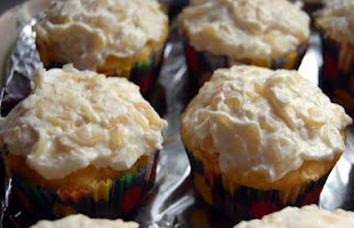 Pineapple Bliss Cupcakes | Yummy in my tummy!! | Pinterest