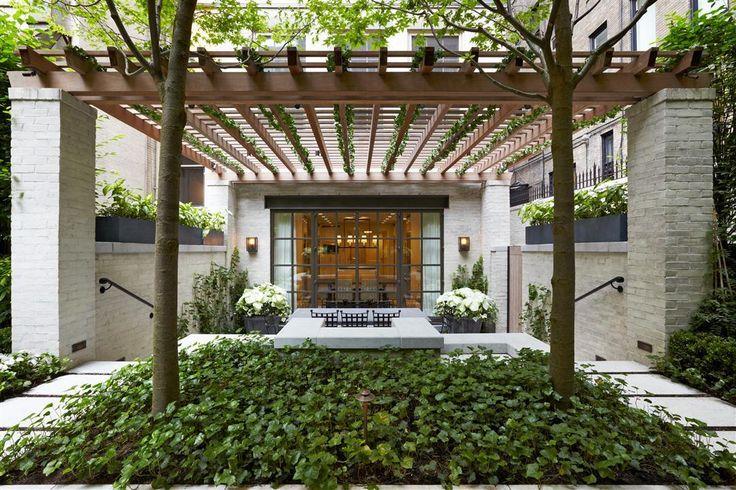 Award winning townhouse landscape design joy studio for Award winning landscape architects