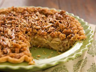 Smithfield Recipes: Apple Caramel Crunch Pie | PIE | Pinterest