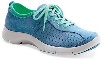 The Sedona Collection from Dansko goes SPORTY! LOVE these