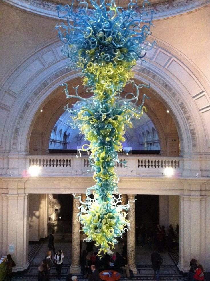 Chandelier by Dale Chihuly | Victoria and Albert Museum, London | bit.ly/vaUkZg