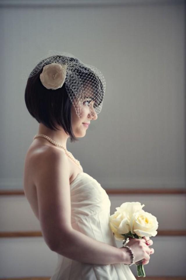 short hair bride and birdcage veil! veil