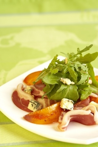 Berry And Gorgonzola Salad With Crispy Prosciutto Recipes — Dishmaps