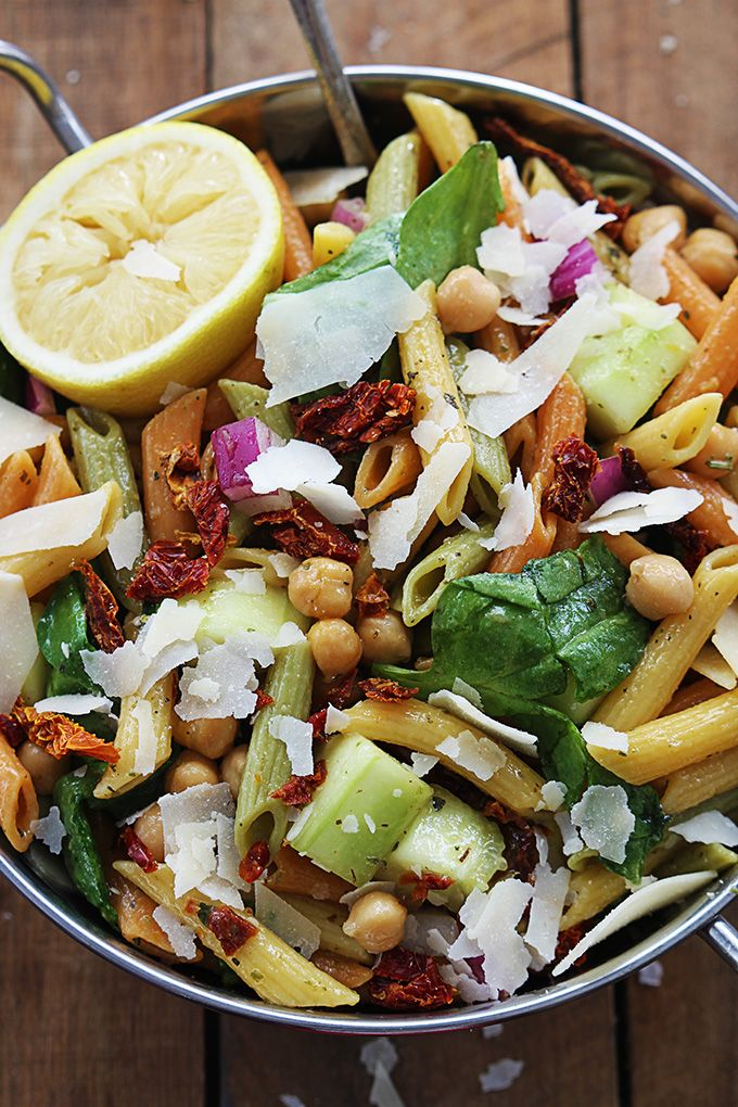 ... greek dressing! It's such a crowd pleaser, everyone will beg you for