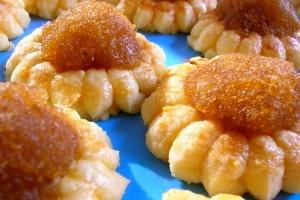 Singaporean Pineapple Jam Tarts | Singaporean food | Pinterest