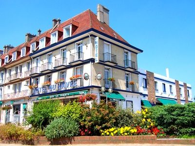 hotels normandy france near d day beaches
