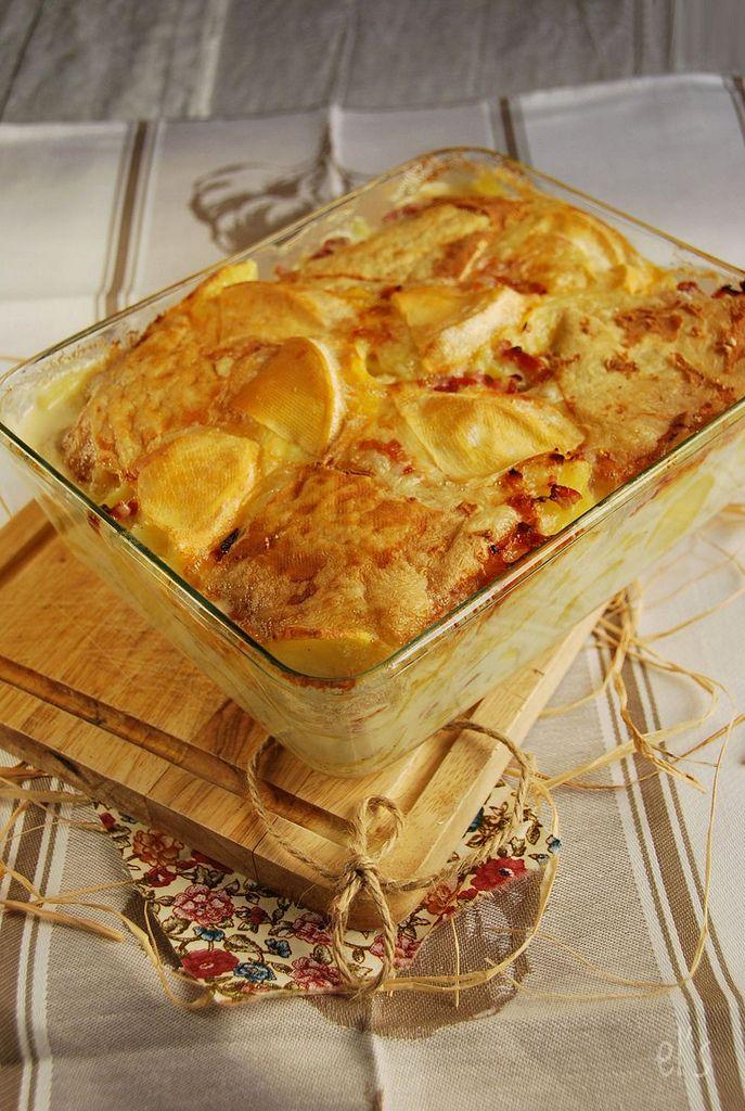 French potatoes gratin :Tartiflette