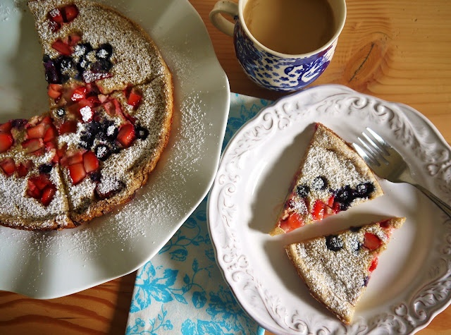 Wheat and Berry Puffed Pancake: a good make-ahead, and it's (mostly ...