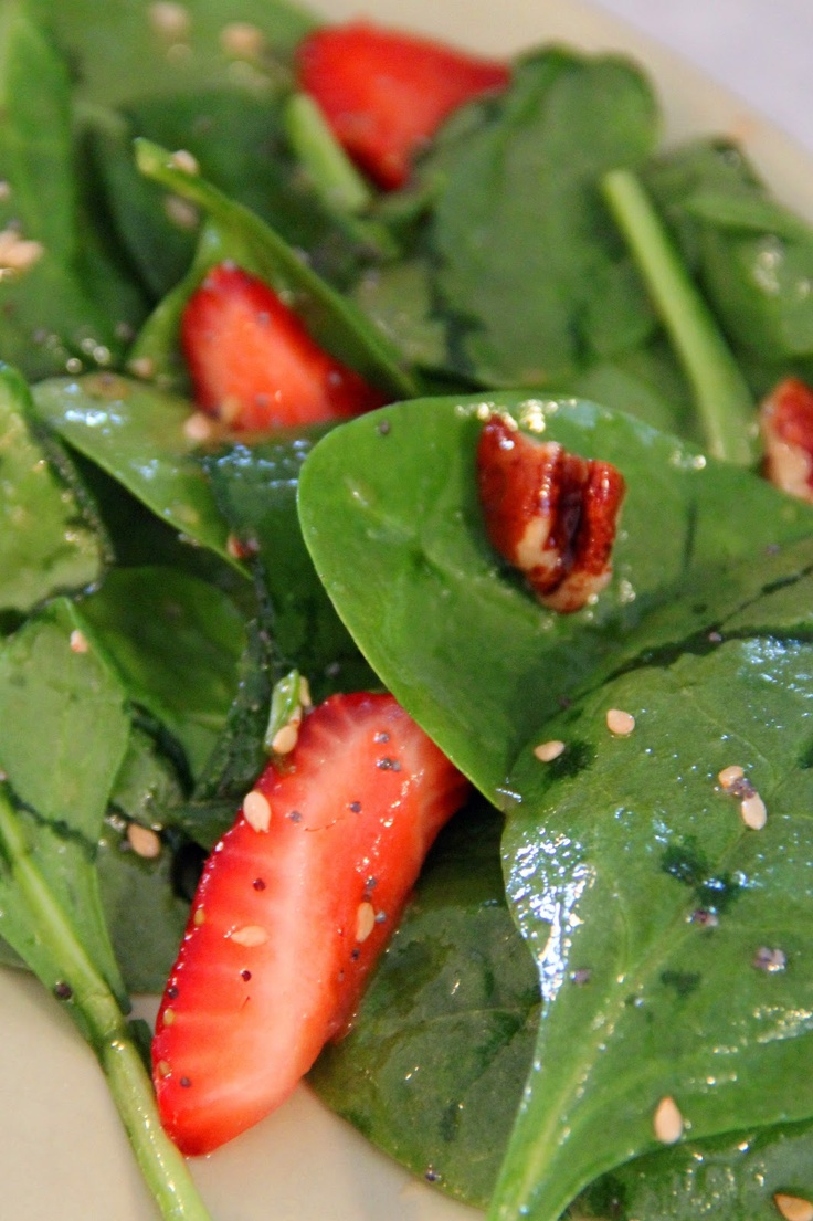 Spinach Strawberry Salad with Sesame Seed & Poppy Seed Dressing - and ...