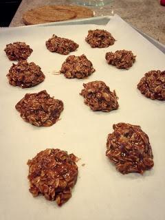 NO BAKE Nutella Caramel Sea Salt Clusters @ 91 calories each