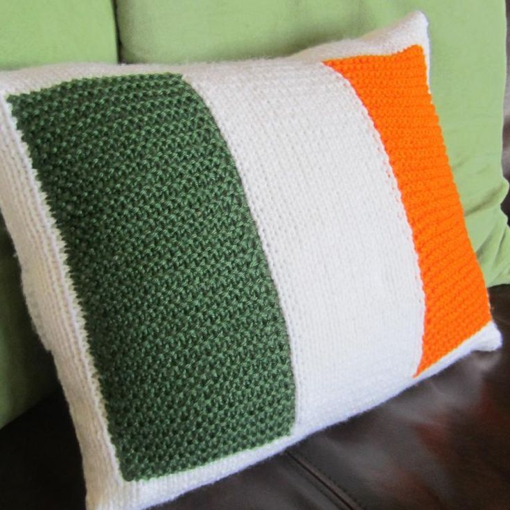 Knitting Pillows For Beginners : Pin by melba sanches on crochet pinterest