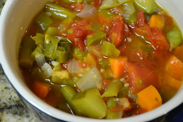 spicy garden vegetable soup food and drink pinterest
