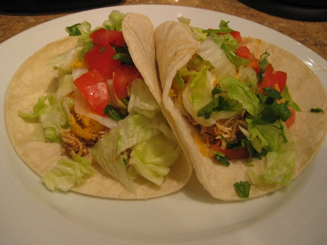 shredded chicken tacos | yum | Pinterest
