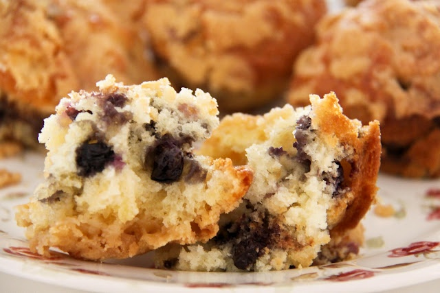 To-Die-For Blueberry Muffins | Cupcakes and Muffins | Pinterest