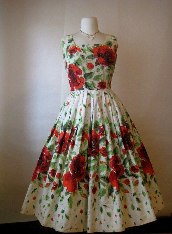Vintage 1950s Senorita Red Rose Garden Tea Party Full New