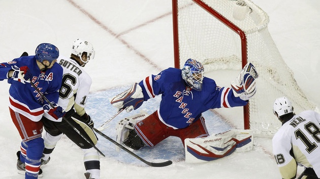 Rangers goaltender Henrik Lundqvist makes a glove save with Pittsburgh    Henrik Lundqvist Glove Save