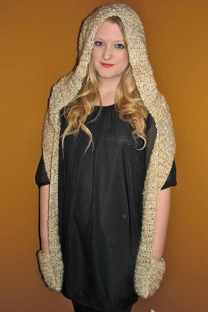 Crochet Pattern Hooded Scarf With Ears : Pin by Tammy Chevrier on Crafts Pinterest